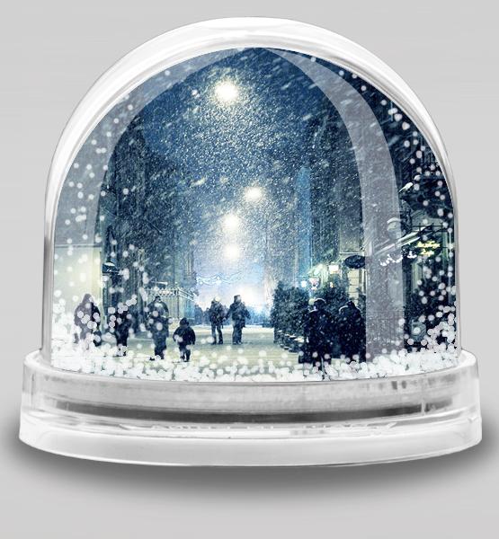 Водяной шар со снегом